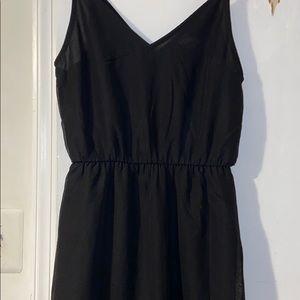 H&M's divided dress